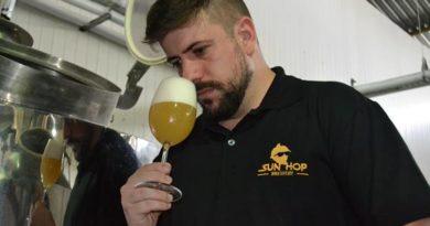 Cervejeiro da Sun Hop Brewery ensina a produzir cerveja do estilobelga